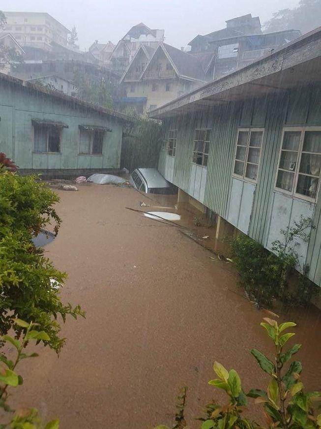 フィリピン人「こっちに来てる台風がヤバすぎる、助けてくれ」