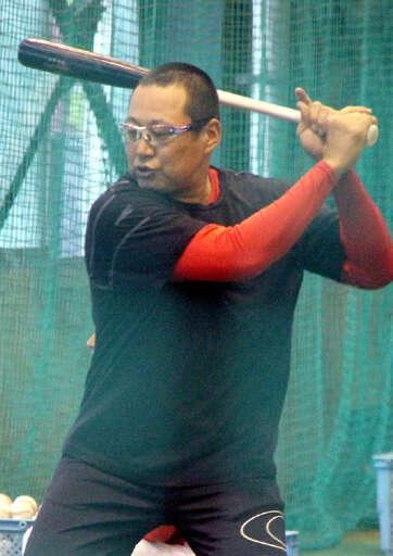 カープ野間、松山、クロンが大野練習場で打撃練習!