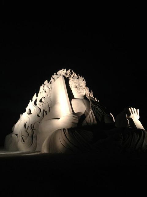 釜谷海水浴場 サンドクラフト 仏