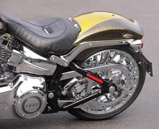 2013-Harley-Davidson-CVO Breakout-05