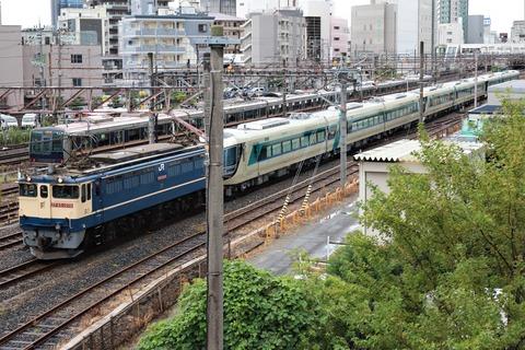 甲139 EF65 2070 9866レ(東武500系)