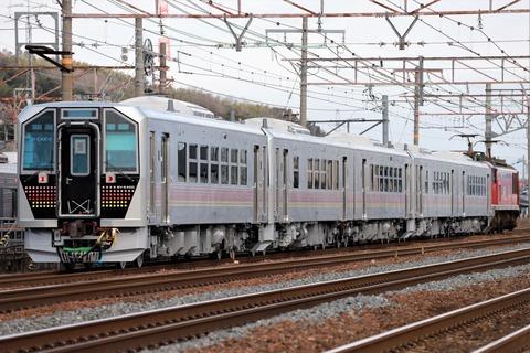 甲195 EF510-19 8561レ-3(JR東 GV-E400 系)