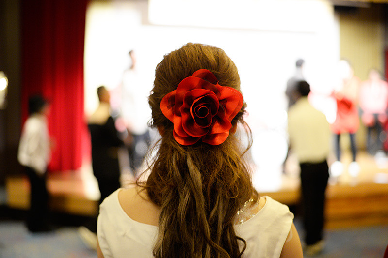 結婚式のときの女性の髪型とかそれに付属する色々が好き。
