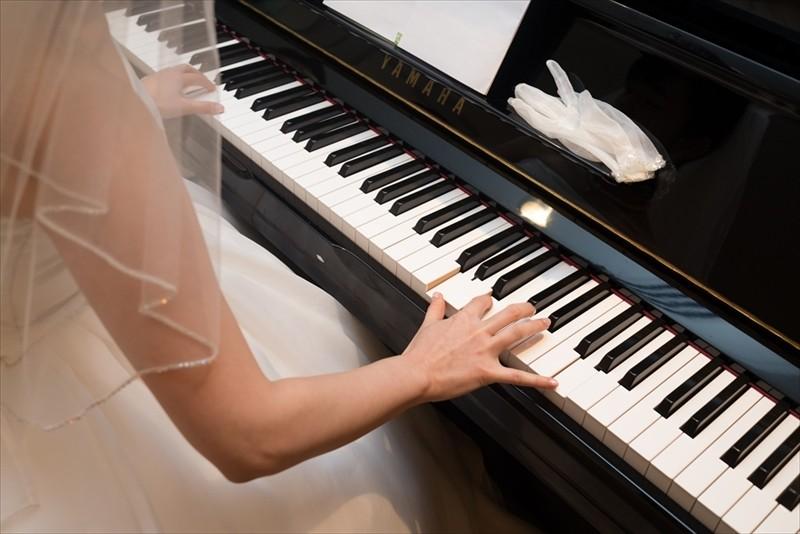 沖縄 結婚式 ピアノ