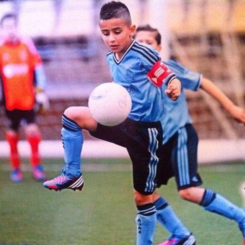 12ナシ・ウナバル 11歳 オランダ アヤックス