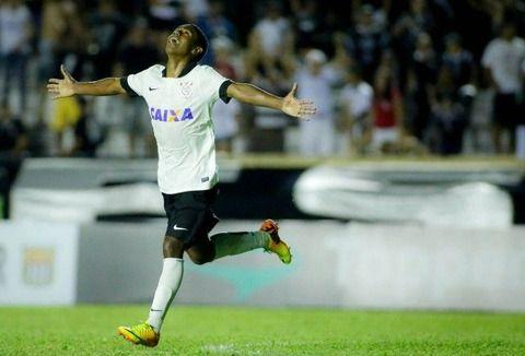 27マルコム 18歳 ブラジル コリンチャンス