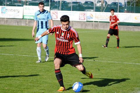 20120714-tamas-krisztian-a-milan-magyar-focistaja3