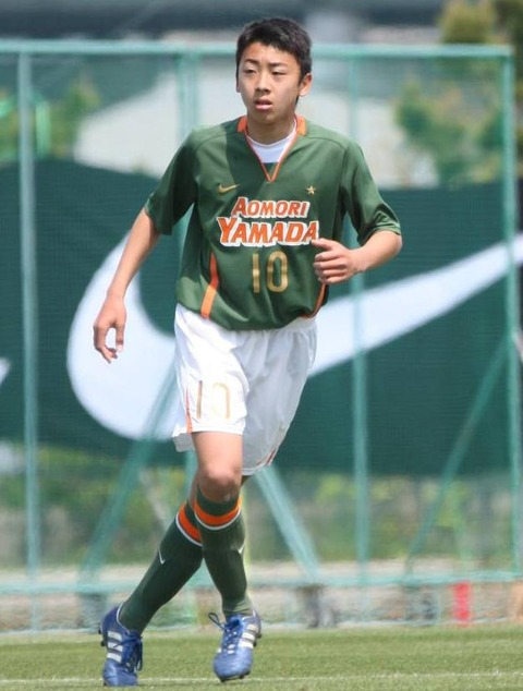 MF高橋壱晟は2年生ながら青森山田中の全国制覇に貢献したMF2
