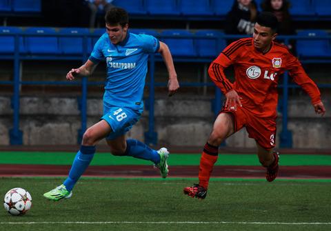 Aleksei+Gasilin+FC+Zenit+v+Bayer+04+Leverkusen+z-umuMNhmLSl