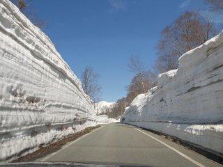 月山スキー場への道1