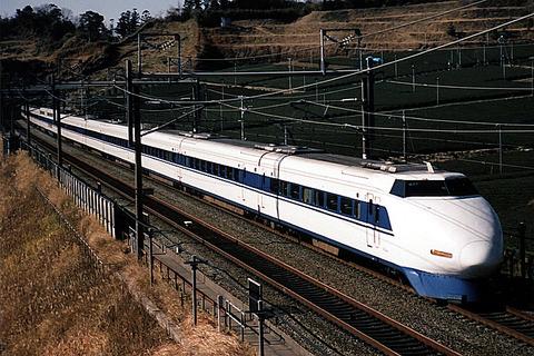 Shinkansen100
