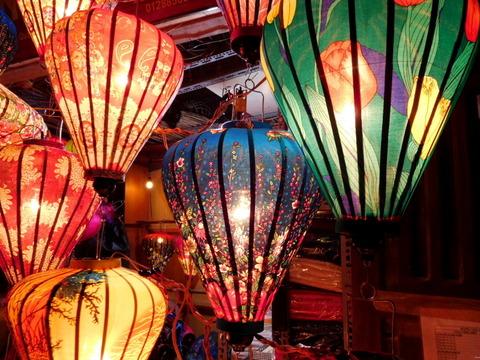 Hoi An Town_lantern shops_02
