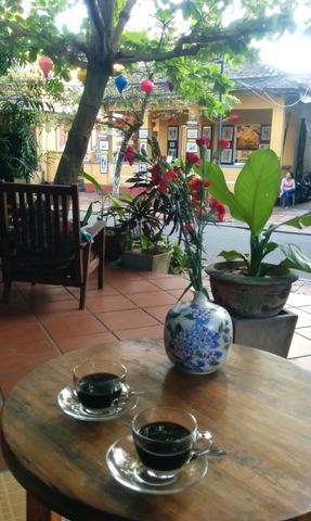 La tonnelle cafe_02