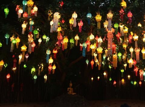 Thailand_Chiang Mai_What Pan Tao_Buddhist temple_beautiful lanterns
