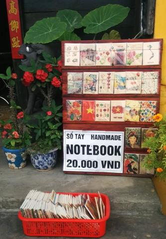 Vietnam Souvenirs_04