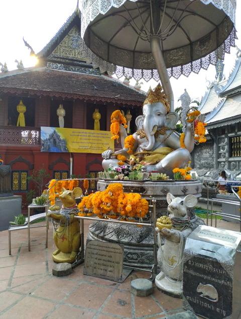 beautifully decorated Ganesha