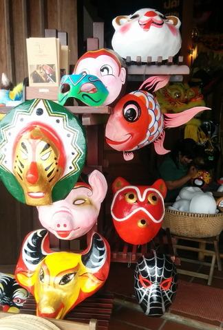 Vietnam Souvenirs_17