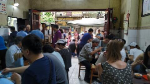 Pho Gia Truyen_Pho restaurant 02