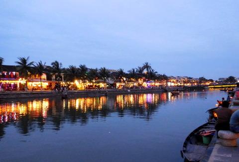 Hoi An Town_riverside