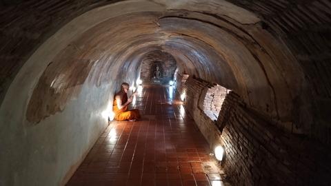 Thailand_Chiang Mai_Wat Umong_Monk_Buddhist priest_D2-8