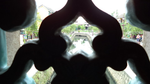 Japanese covered bridge in Hoi An_05
