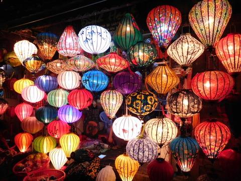 Hoi An Town_lantern shops_03