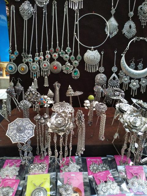 Silver accessories shop