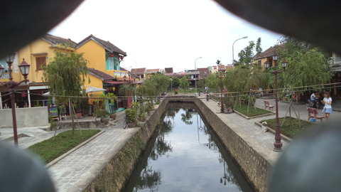 Japanese covered bridge in Hoi An_06