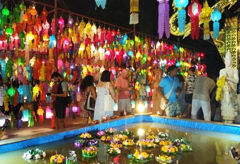 Thailand_Chiang Mai_Sunday night market_D1-4-12