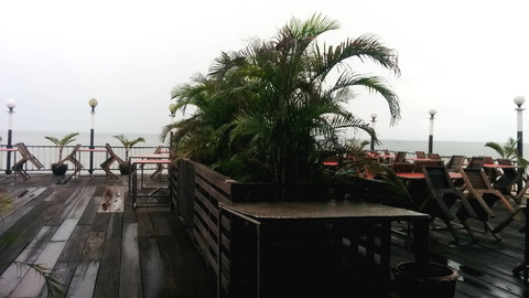 Beachside restaurant_03