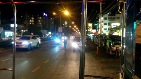 Songthaew_transportation_03