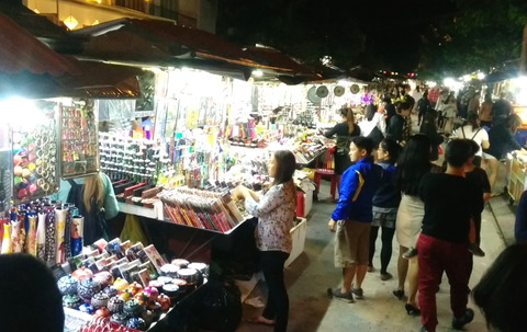 Hoi An Town_night market_08