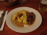 ポレンタと肉煮込み