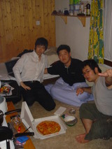 pizza in Kimi's room