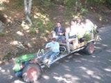 トラクターの後ろって・・・