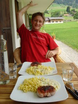 仔牛の肉とゴルゴンゾーラソースパスタ