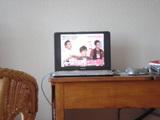 テレビを見る230707