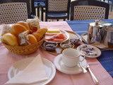 ペトラのホテル朝食