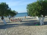 ビーチでお昼寝。