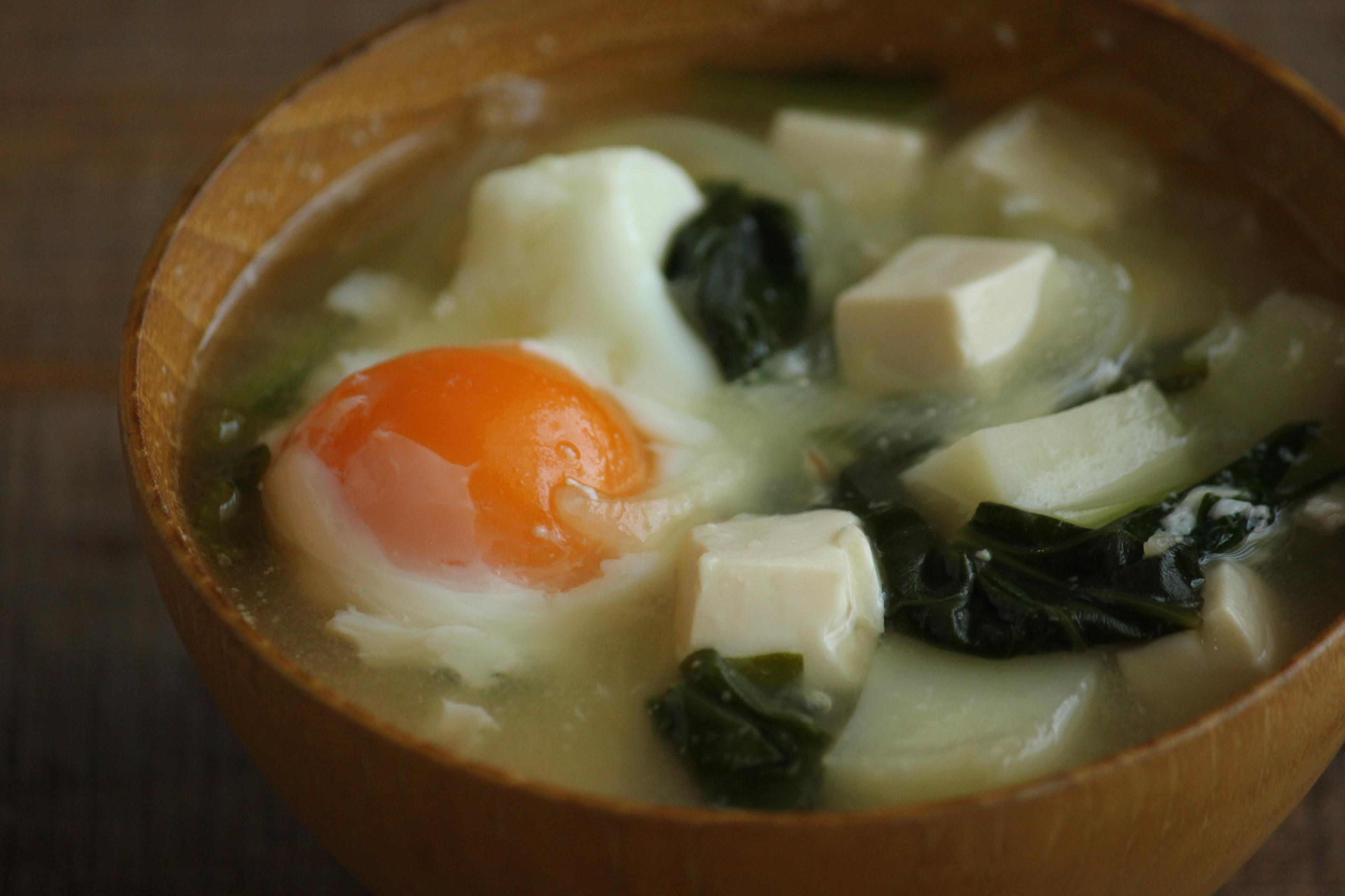 味噌汁 落とし 卵