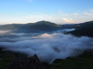 狭霧台から朝霧由布院盆地