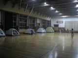 テントが並んで。
