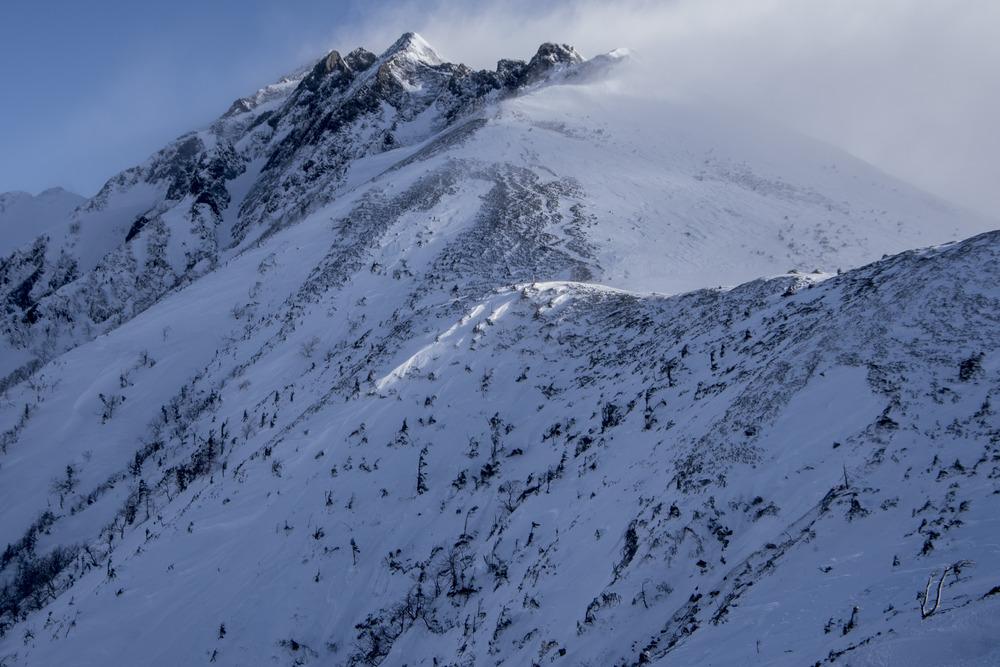西穂高の稜線へ