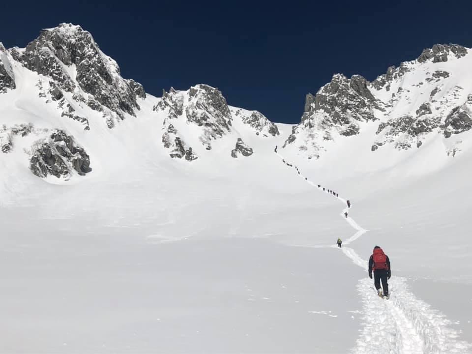 新雪、晴天の木曽駒ヶ岳、