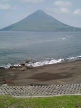 海と開聞岳