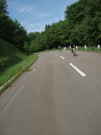 サイクリング旅報告「オンネトーから螺湾、三国峠から糠平サイクリング&然別湖」