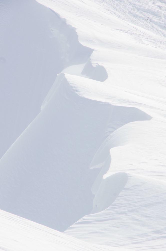雪の稜線へ