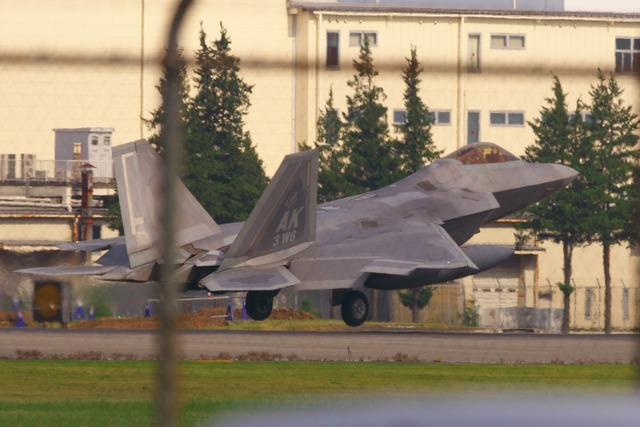 180714_D50_F-22 Raptor096s