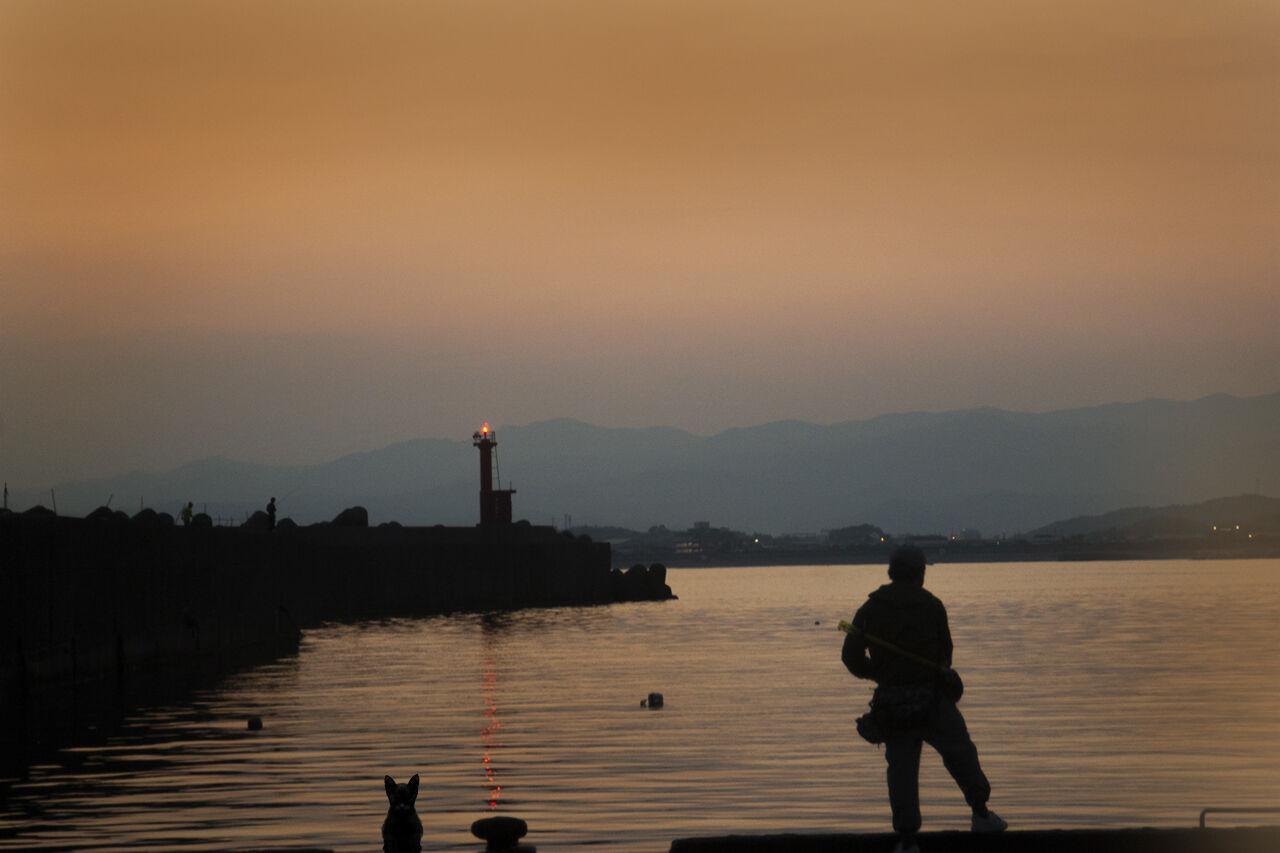609-黄昏の漁港2