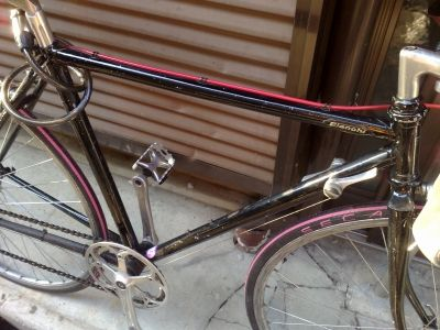 ロードバイクフレーム塗装後 (1)